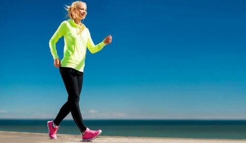 Пешком 4 км сколько калорий. Сколько калорий сгорает при ходьбе