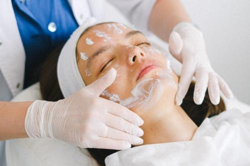Самая эффективная процедура омоложения лица. Виды современных омолаживающих процедур для лица